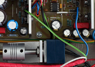 Hi-End Headphone Amplifier Radon 222 (Inside close-up)